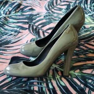 GUCCI Patent Leather Heels Size 40/10